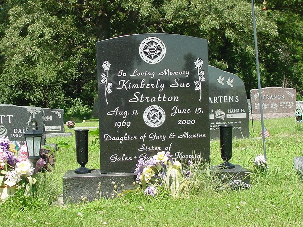 Headstone_ 102